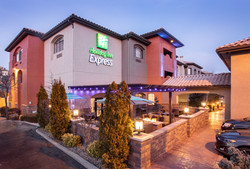 Holiday Inn 2-6-20_05