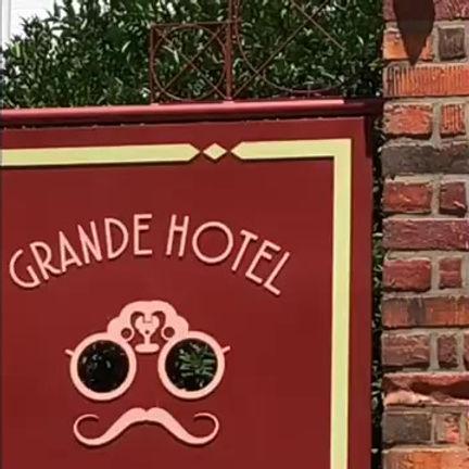Visita ao bistro no Grande Hotel Ronaldo Fraga