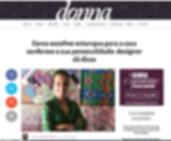 Publicação no caderno Donna  de Porto Alegre, Juliana com seu desenhos exclusivos.
