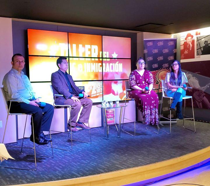 Distribuyendo Información a la comunidad latina