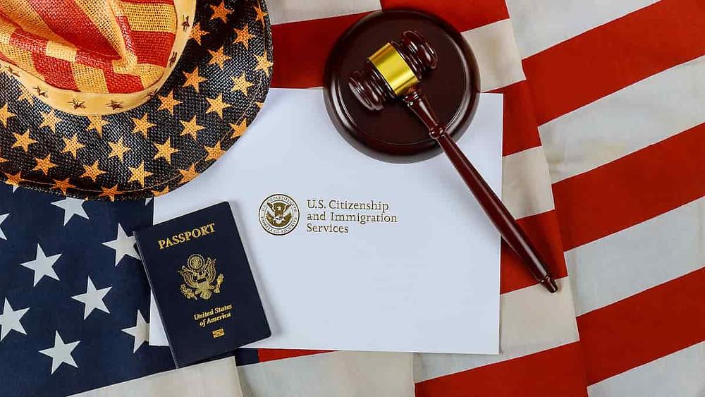 https://www.path2usa.com/blog/wp-content/uploads/2020/12/US-citizenship-min.jpg