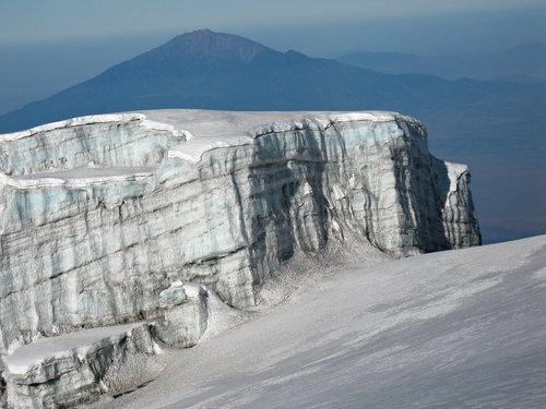 mount-kilimanjaro-snow