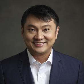 Dr Adrian Lau, Orthopaedic Surgeon, Hip and Knee Orthopaedics