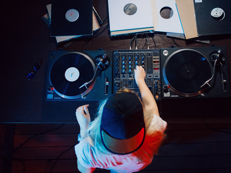 3 Rules for Booking your Wedding DJ/MC