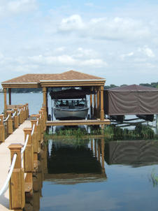 Boat Lifts & Service