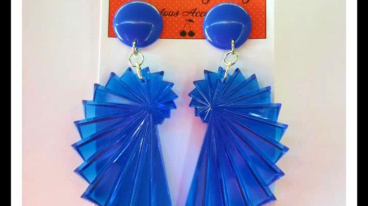 Retro Style Seashell Lucite earrings