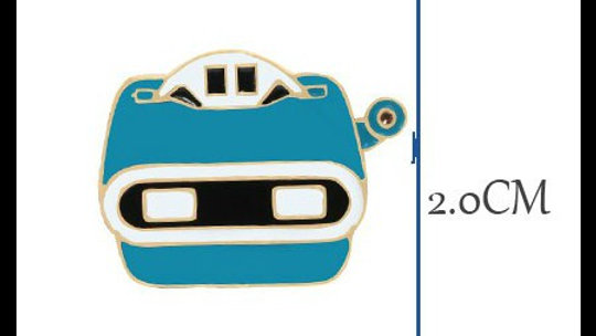 Retro View Master Lapel pin