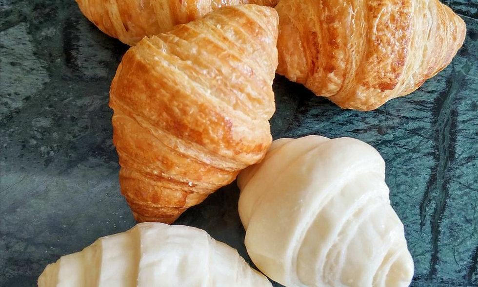 RTB Mini French Croissant (20 pcs/bag) | มินิ ครัวซองต์เนยฝรั่งเศส (20 ชิ้น/ถุง)
