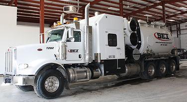 hydrovac truck