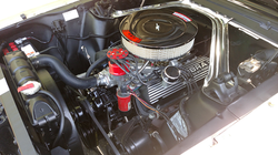 Mustang fastback jaune 1965 moteur