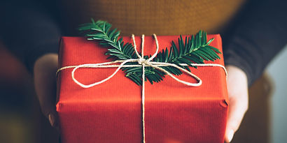 homemade_holiday_gifts-1140x570.jpg
