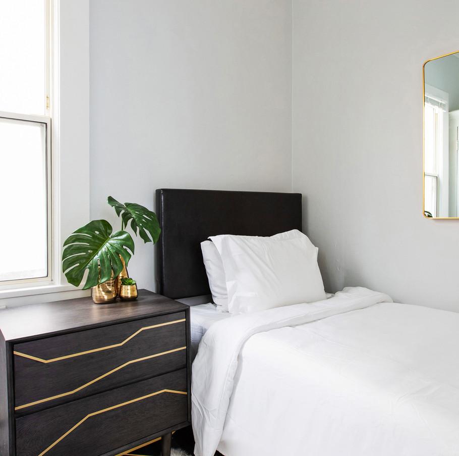 Studio Standard Bedroom 1.jpg