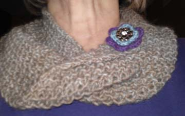 Alpaca cowl with flower