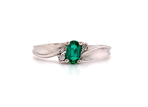 10KT WHITE GOLD LAB EMERALD AND DIAMOND RING