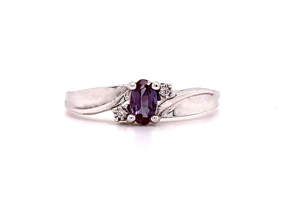 10KT WHITE GOLD LAB ALEXANDRITE AND DIAMOND RING