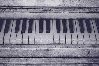 piano-instrument-music-keys-159420_edite
