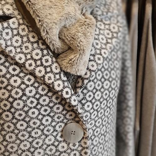 Peruzzi Jacquard Coat