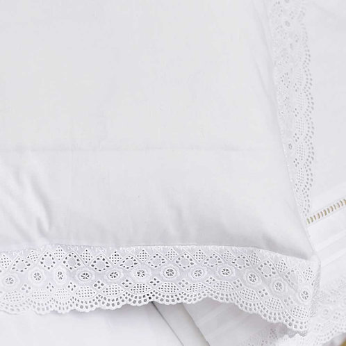 White Cushion Cover With Broderie Anglaise Trim 40x40cm