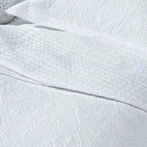 White Stitched Cotton Quilt