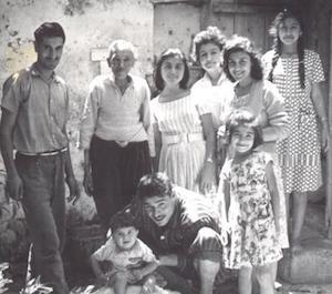 6 Ozlem 300x265 Family photos - grandpa,