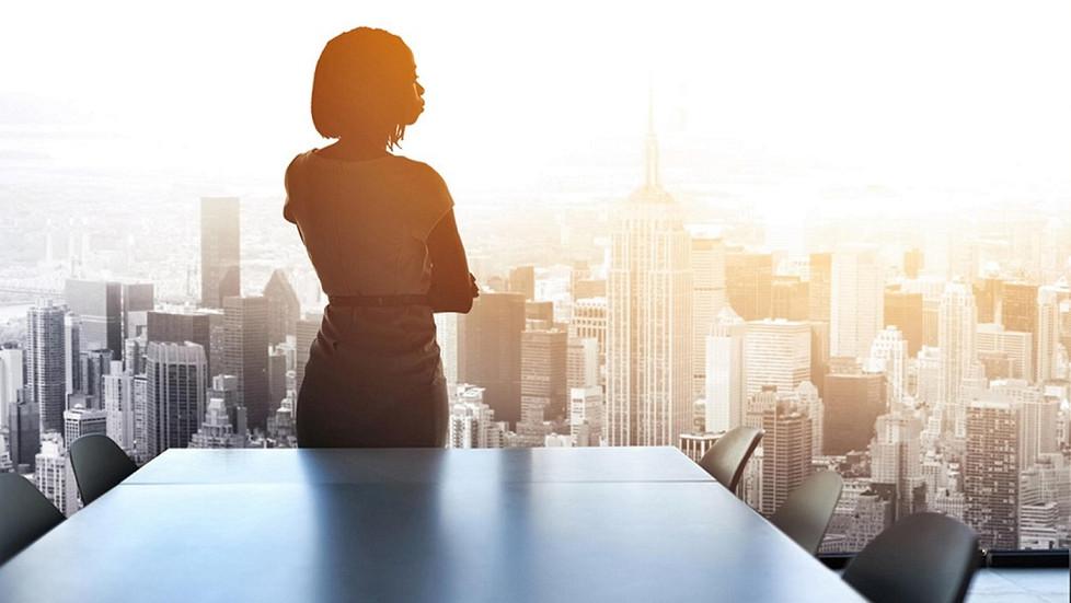 Femmes entrepreneures en Afrique : opportunités, enjeux & défis