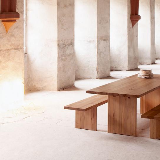 Kloster-tisch Zen10.jpg