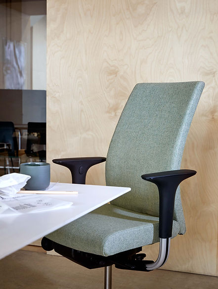 hag-creed-home-office-stuhl (9).jpg