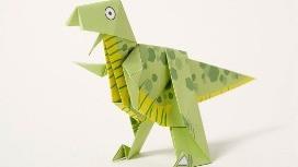 אוריגמי של דינוזאור ירוק
