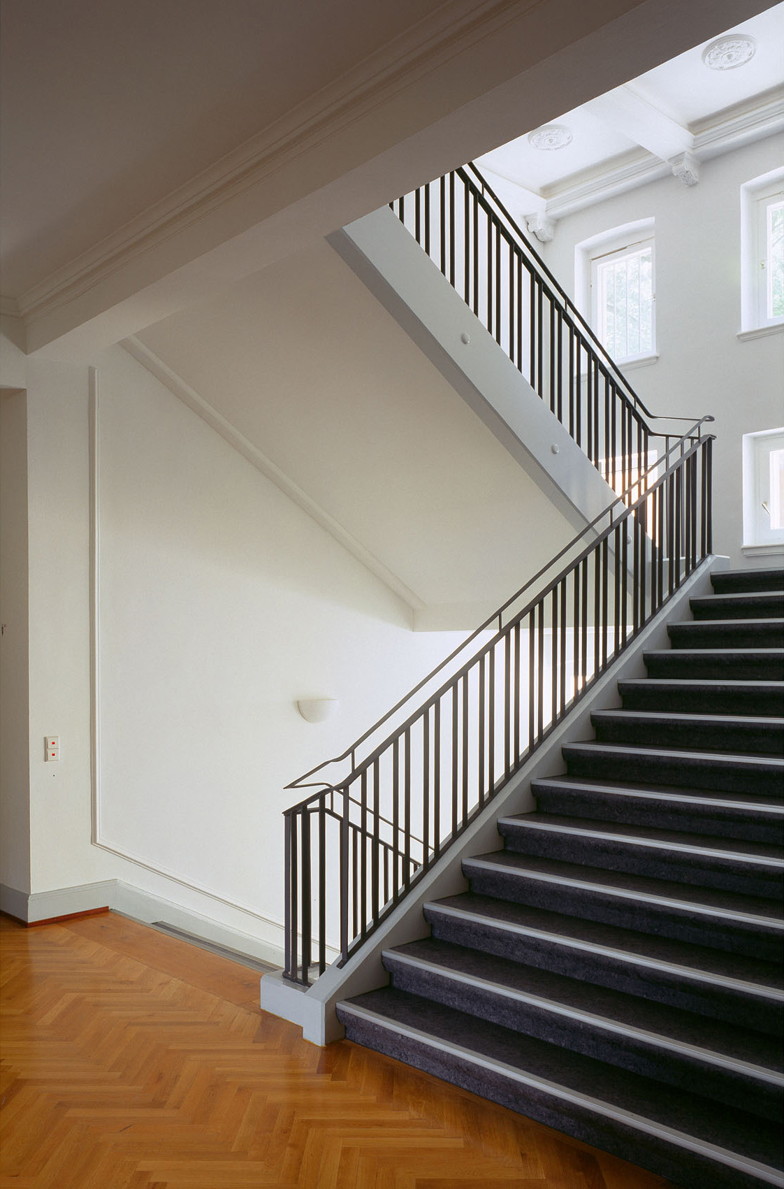Moratahaus Treppenhaus.jpg