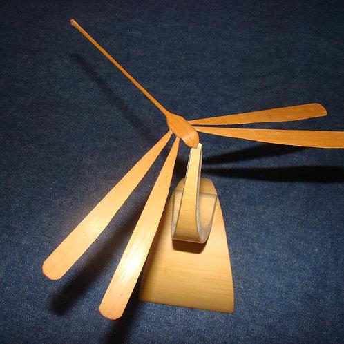 Libélula de Bambu