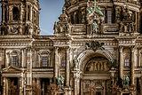 berlin-cathedral-3592874_1920.jpg