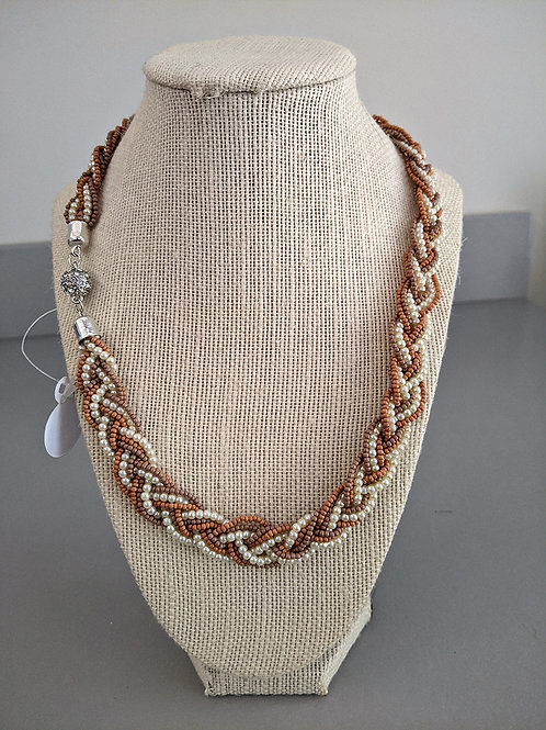 CLASSY Braided Necklace with Pearls, Beads and Magnetic Clasp