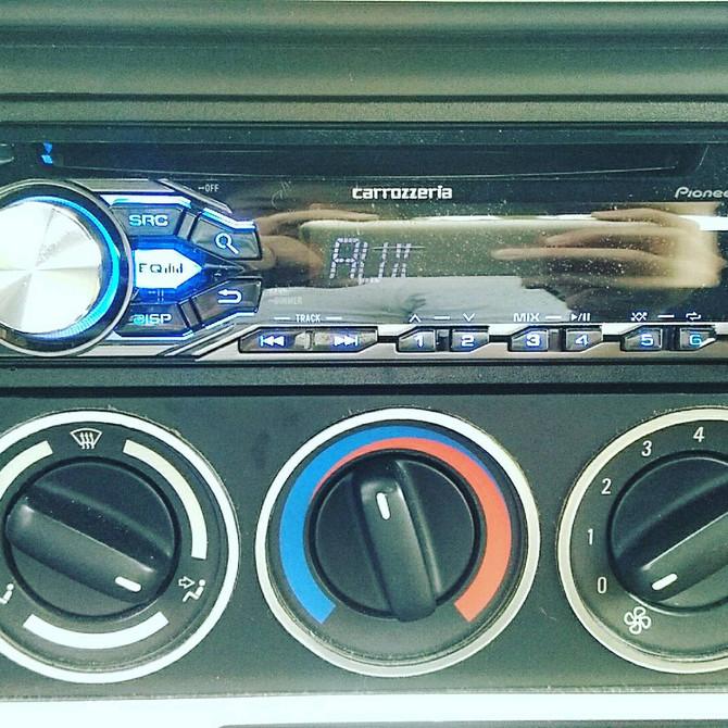 BMW Z3 オーディオ交換