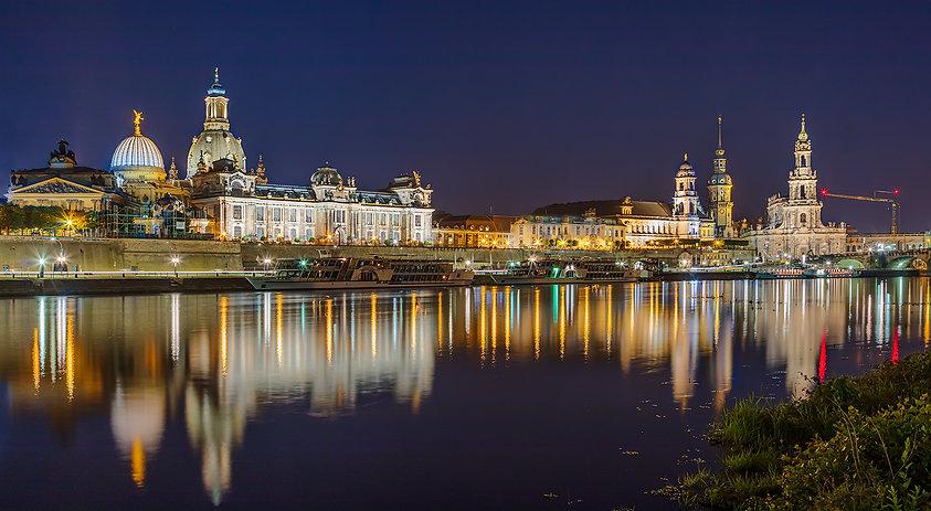 Dresden Across the Elbe#Peter Benson#ADV