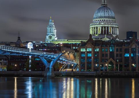 St Paul's Unlit Across the Thames.jpg