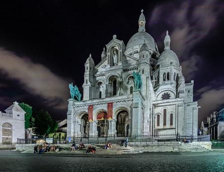 Basilique du Sacre-Coeur de Montmartre.jpg