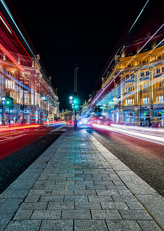 Oxford Circus 1.jpg