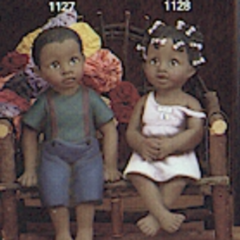Africanz Girl shelf sitter