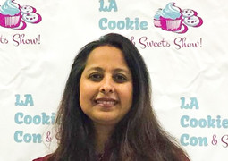 Teaching at LA Cookie Con 2017.