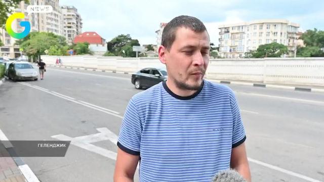 В России предложили увеличить штраф за использование сотового телефона за рулём