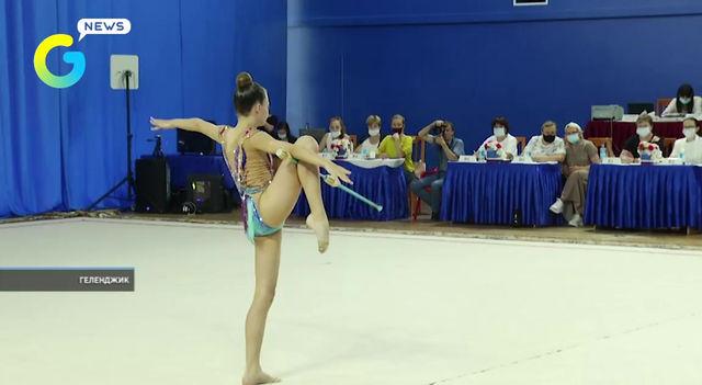 🔸Более 340 спортсменов приняли участие в Открытом турнире по художественной гимнастике