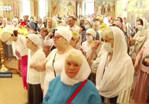 🔸10 июня православные верующие празднуют один из двенадцати главных церковных праздников - Вознесен