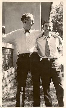 thumbnail_Tom & Dad Nov 1931.jpg