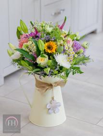 The Flower House Florist Aylesbury Cream