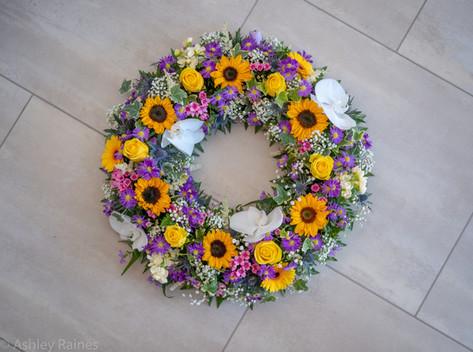 "16"" Open Wreath"