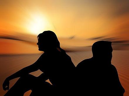 silhouettes-812125__480.jpg