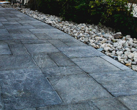 Did you know we do interlock and cobblestone driveways? Get your free quote today! Serving Kitchener, Waterloo, Cambridge, Guelph and surroundings.