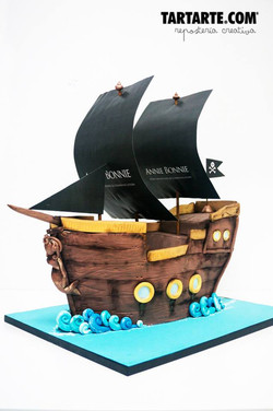 Tarta corporativa madrid barco pirata. Pirate boat corporate cake