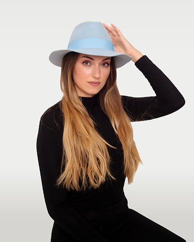 Sky blue felt hat. Handmade hat by indigenous artisans from Latin America.