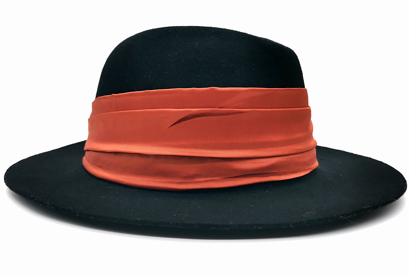 Classic Felt Hat - Elegance
